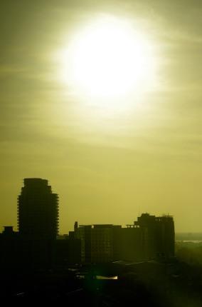 https://camerashyness.com/2013/02/17/day-48-big-sun/