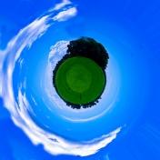 http://camerashyness.com/2013/02/22/day-53-small-world/