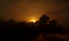 http://camerashyness.com/2013/03/07/day-66-hiding-sun/