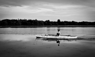 https://camerashyness.com/2013/04/30/day-120-fisherman/