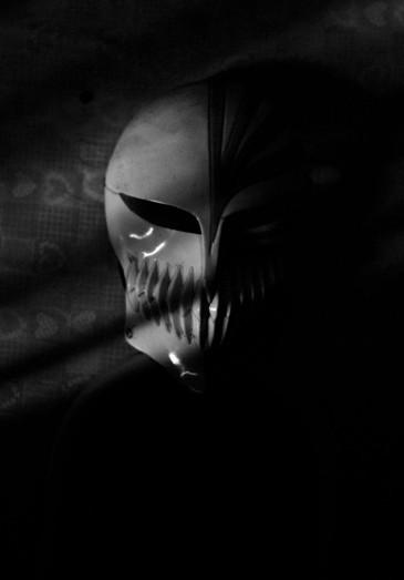 https://camerashyness.com/2013/04/16/day-106-the-mask/