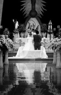 https://camerashyness.com/2013/04/20/day-110-wedding/