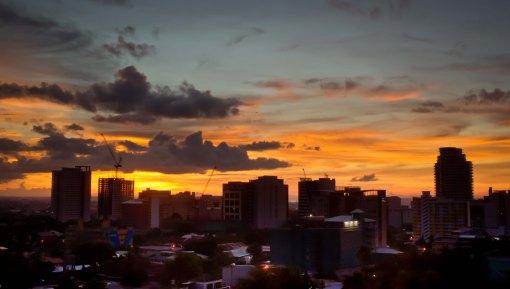 https://camerashyness.com/2013/05/04/day-124-ember-sky/