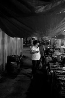 https://camerashyness.com/2013/06/12/day-163-night-shopping/