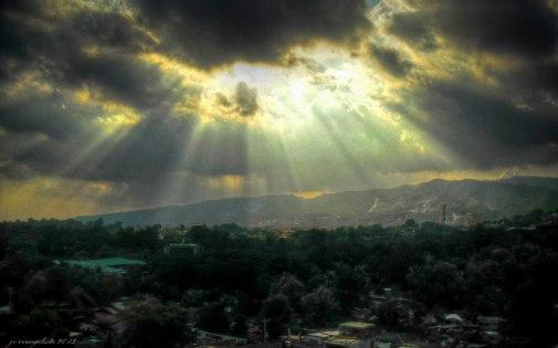 https://camerashyness.com/2013/07/14/day-195-light-up-the-sky/