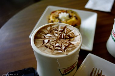 https://camerashyness.com/2013/07/10/day-191-coffee-break/