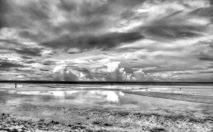 https://camerashyness.com/2013/08/05/day-217-gray-skies/
