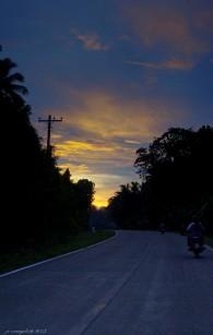 http://camerashyness.com/2013/09/19/day-262-sunset-road/
