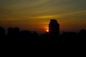 https://camerashyness.com/2013/11/27/day-331-peeking-sun/