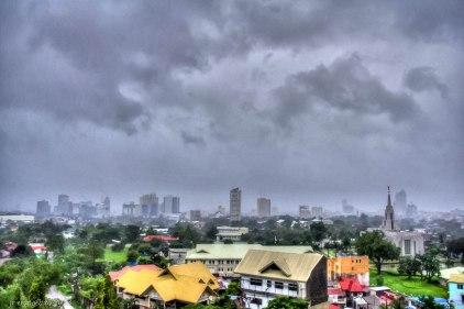 http://camerashyness.com/2013/11/10/day-314-the-storm/